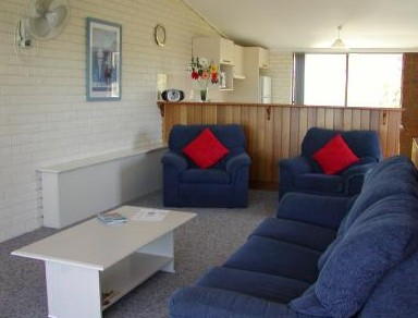 Penguin Mews - Accommodation Melbourne
