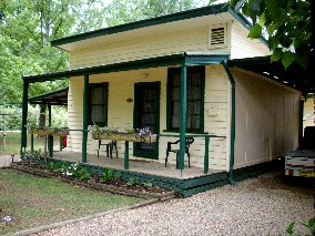Pioneer Garden Cottages - Accommodation Melbourne