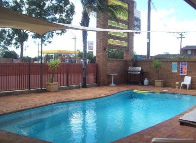 Town And Country Motor Inn Cobar - Accommodation Melbourne