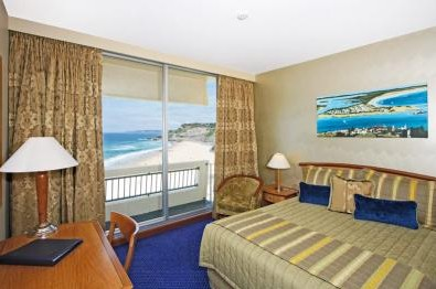 Quality Hotel Noahs on the Beach - Accommodation Melbourne
