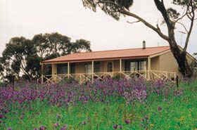 Windmill Cottage - Accommodation Melbourne