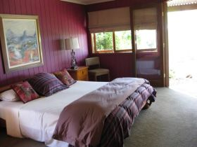 French Cottage and Loft - Accommodation Melbourne