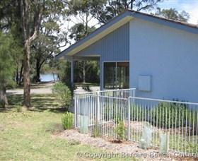 Berrara Beach Cottage - Accommodation Melbourne