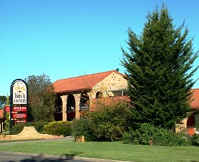 Idlewilde Town and Country Motor Inn - Accommodation Melbourne