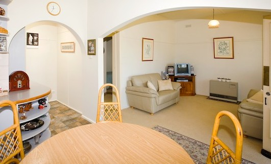 Peel Cottage - Ballarat Miners Cottages - Accommodation Melbourne