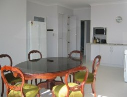 Olas Holiday House - Accommodation Melbourne