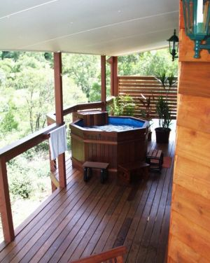 Ravensbourne Escape Holiday Cottages - Accommodation Melbourne
