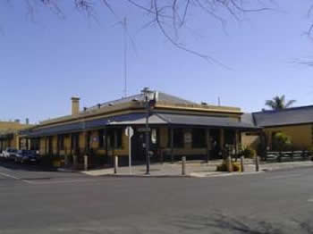 Woolshed Inn Hotel - Accommodation Melbourne