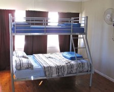 Surf N Sun Beachside Backpackers - Accommodation Melbourne