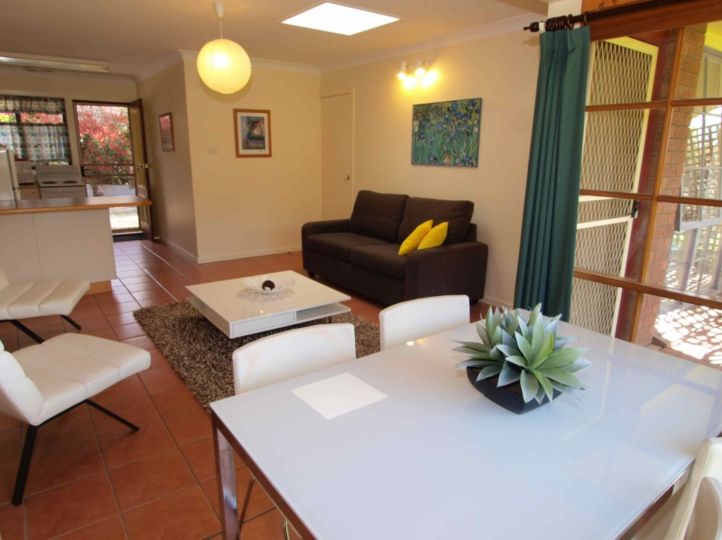 Bright Highland Valley Cottages - Accommodation Melbourne