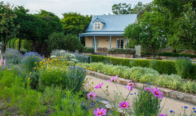 Vineyard Cottages and Cafe - Accommodation Melbourne
