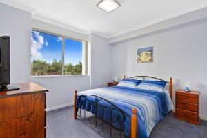 Lakeside Waterfront Apartment 18 - Accommodation Melbourne