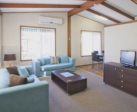Karalta Court Village - Accommodation Melbourne