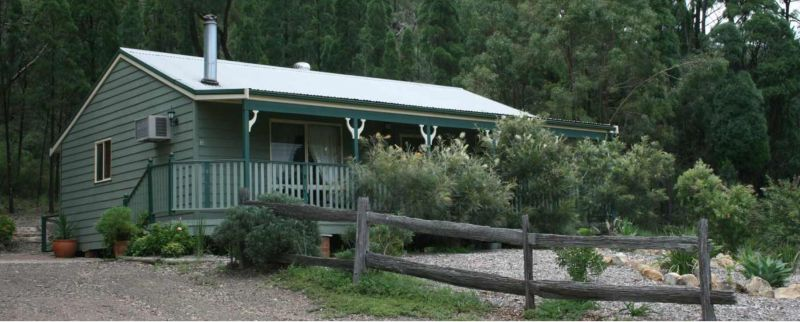 Carellen Holiday Cottages - Accommodation Melbourne