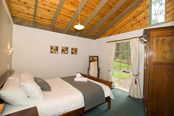 Hill aposNapos Dale Farm Cottages - Accommodation Melbourne
