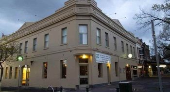 Naughtons Parkville Hotel - Accommodation Melbourne