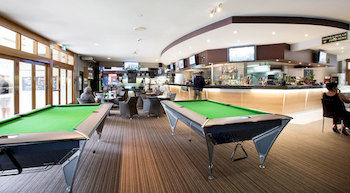 High Flyer Hotel - Accommodation Melbourne