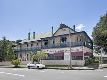 The Victoria amp Albert Guesthouse - Accommodation Melbourne