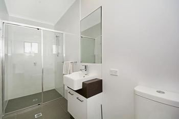 Cooroy Luxury Motel Apartments Noosa - Accommodation Melbourne