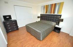 Balmain 3 Mont Furnished Apartment - Accommodation Melbourne
