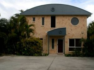 Beach House Redcliffe - Accommodation Melbourne