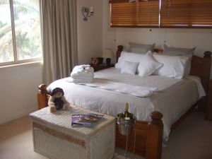 Ayr Bed and Breakfast on McIntyre - Accommodation Melbourne