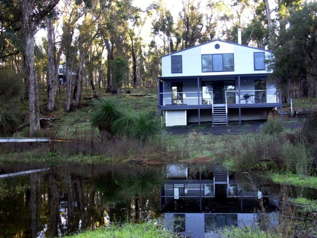 Hidden Grove Retreat - Accommodation Melbourne