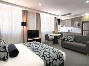 Meriton Serviced Apartments - North Ryde - Accommodation Melbourne