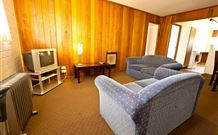 Snowy Mountains Motel - Adaminaby - Accommodation Melbourne