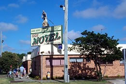 Jackie Howe Motel - Accommodation Melbourne