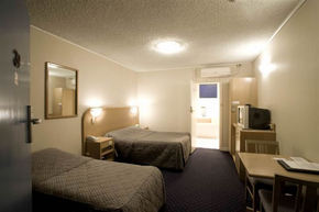 Dorset Gardens Hotel - Accommodation Melbourne
