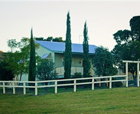 Milford Country Cottages - Accommodation Melbourne