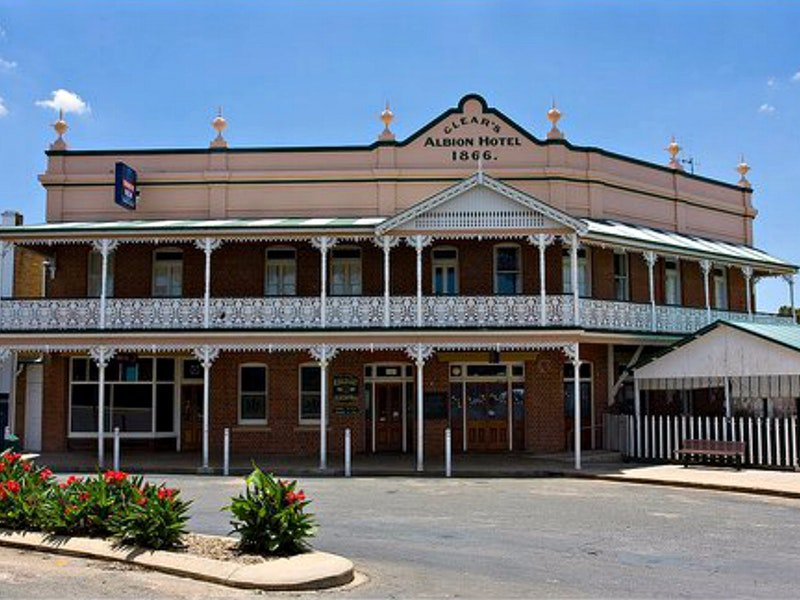 Albion Hotel Grenfell - Accommodation Melbourne