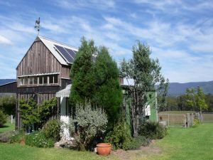 Runnymeade Garden Studio Bed and Breakfast - Accommodation Melbourne