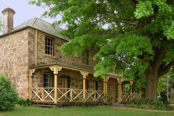 Old Stone House The - Accommodation Melbourne