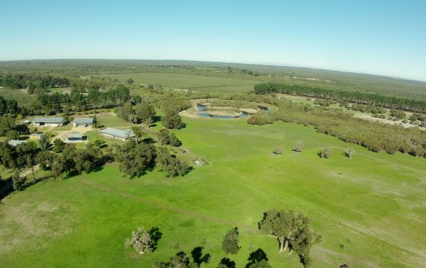 Sandy Lake Farm Stay Accommodation Gingin WA - Accommodation Melbourne