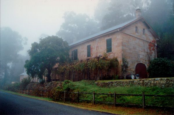 Tizzana Winery Bed And Breakfast - Accommodation Melbourne
