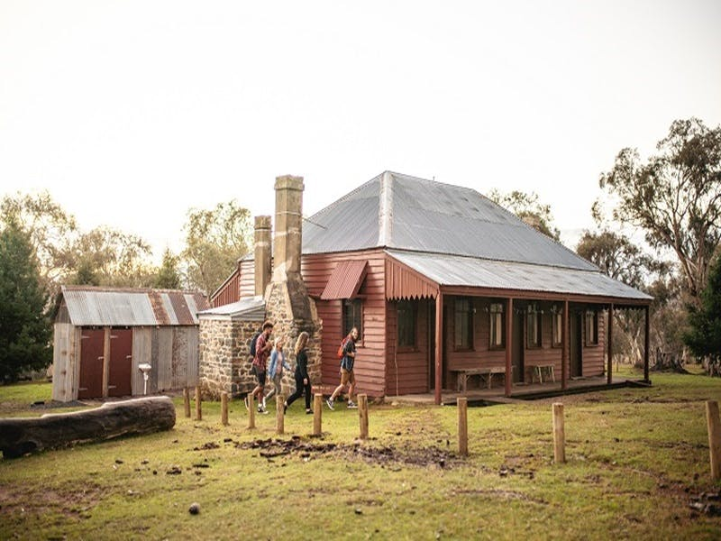 The Pines Cottage - Accommodation Melbourne