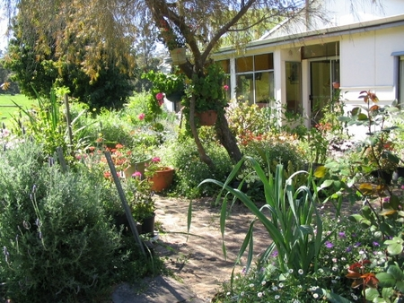 Warren Grange Farmstay and Bed  Breakfast - Accommodation Melbourne