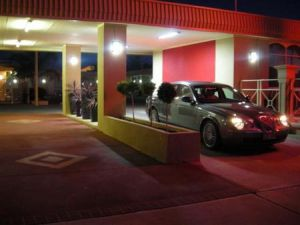 Desert Sand Motor Inn - Accommodation Melbourne