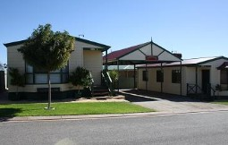 Outback Villas - Accommodation Melbourne
