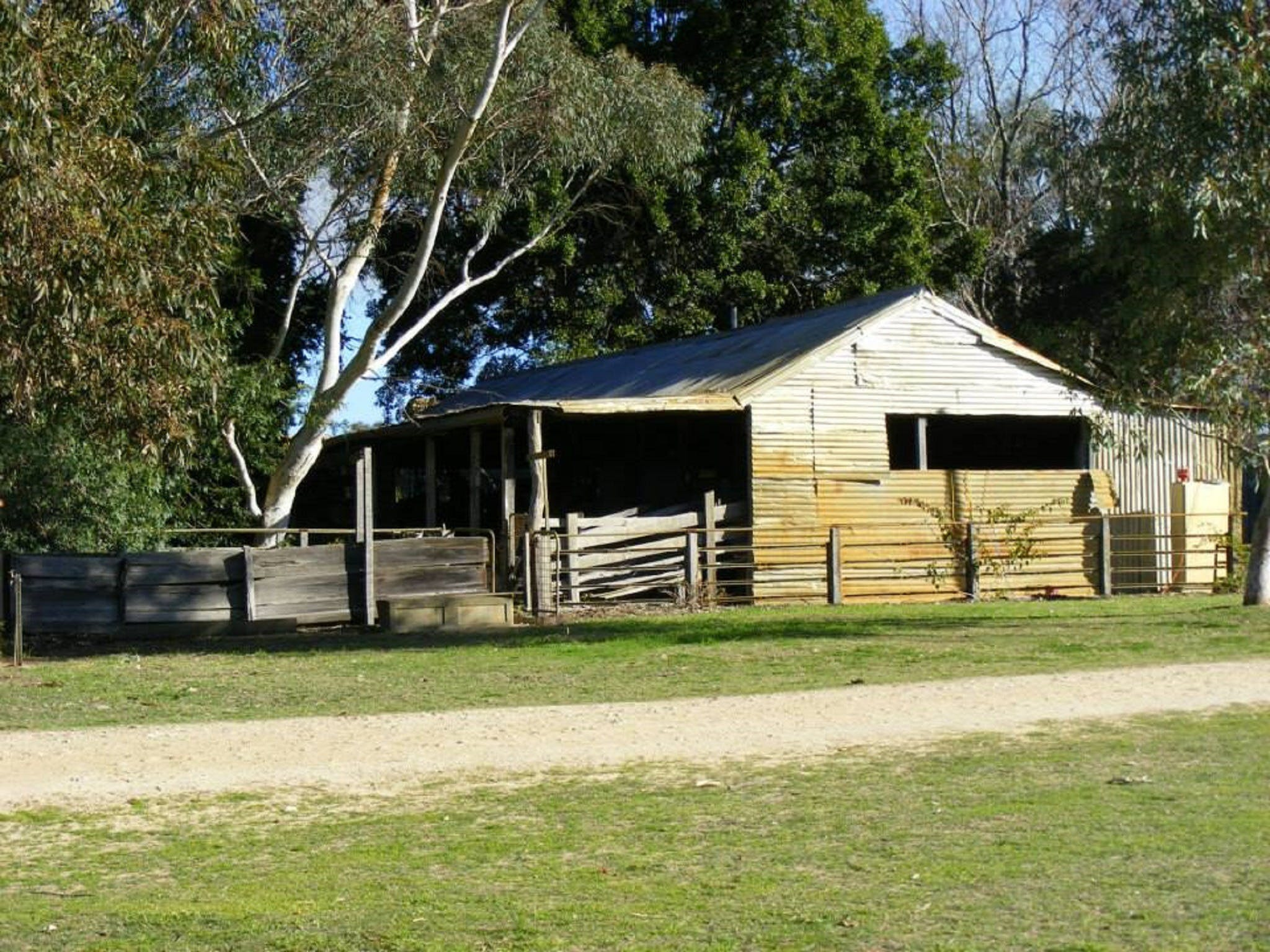 Willowbrook Farm Caravan Park - Accommodation Melbourne