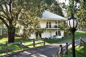 McMillans of Metung Coastal Resort - Accommodation Melbourne