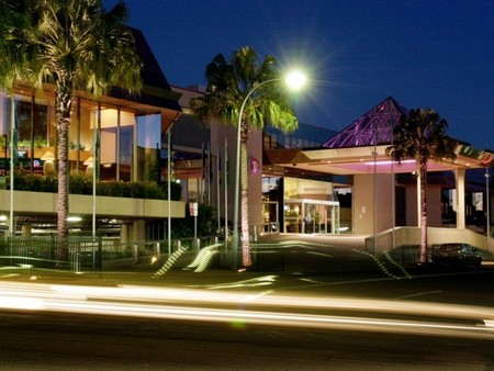 Travelodge Bankstown - Accommodation Melbourne