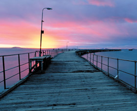 Tanker Jetty - Accommodation Melbourne