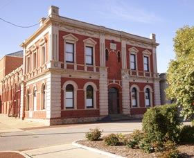 Northam Town Hall - Accommodation Melbourne