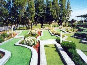 West Beach Mini Golf - Accommodation Melbourne