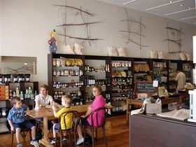Blond Coffee and Store - Accommodation Melbourne