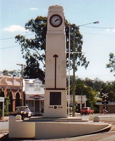 Goomeri War Memorial Clock - Accommodation Melbourne
