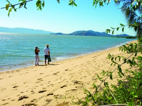 Bushland Beach - Accommodation Melbourne